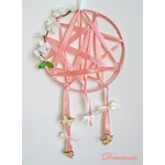 attrape rêve fille rose corail fleurs papillon décoration
