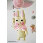 mobile bébé animaux fille ours lapin mouton chat rose blanc gris cadeau naissance 4