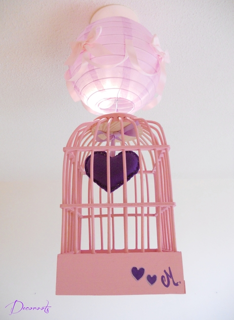 lustre suspension cage fille petit coeur violet et rose. Black Bedroom Furniture Sets. Home Design Ideas