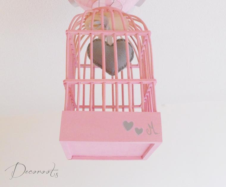 Lustre suspension fille cage petit c ur rose et gris for Plafonnier chambre bebe fille