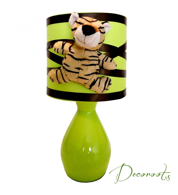 lampe de chevet tigre th me jungle vert et marron chocolat. Black Bedroom Furniture Sets. Home Design Ideas
