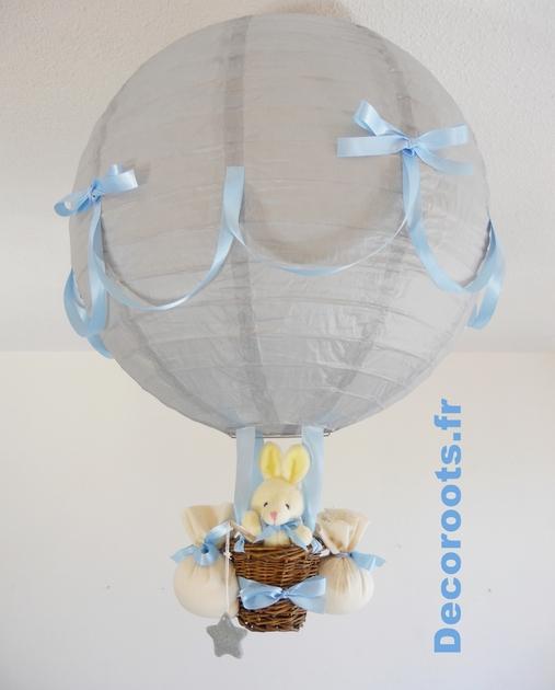 Lampe montgolfi re gar on p cheur d 39 toiles gris bleu ciel for Lampe chambre bebe fille