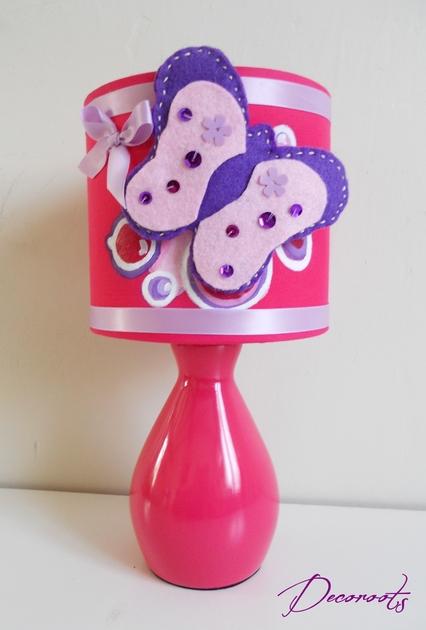 lampe de chevet enfant b b papillon rose cadeaux de. Black Bedroom Furniture Sets. Home Design Ideas
