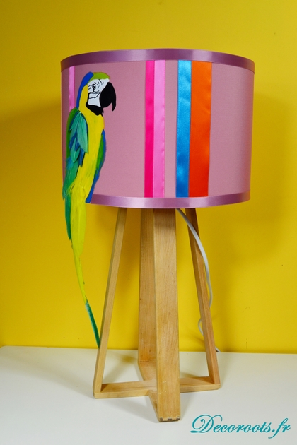 lampe design perroquet art design contemporain luminaire et objet design decoroots. Black Bedroom Furniture Sets. Home Design Ideas