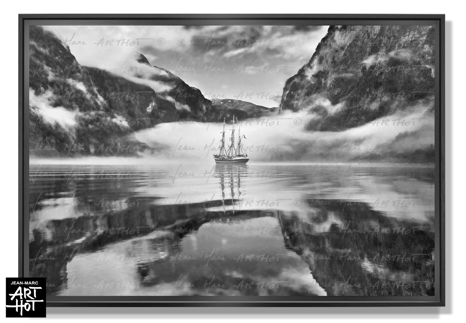 PHOTO D\'ART LE FANTÔME DE NORVÈGE-N°01-Black Fog Mirror 4209