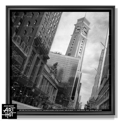 jm_arthot_newlessables_003_grandhorloge_workofart_frame