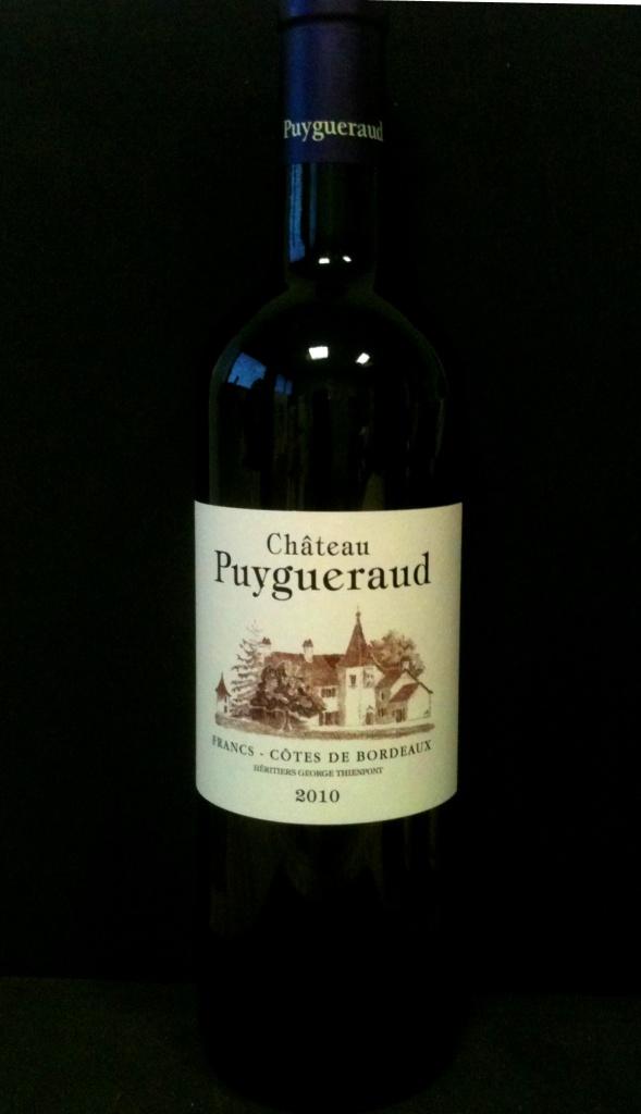 Francs Cotes de Bordeaux Chateau Puygueraud 2009