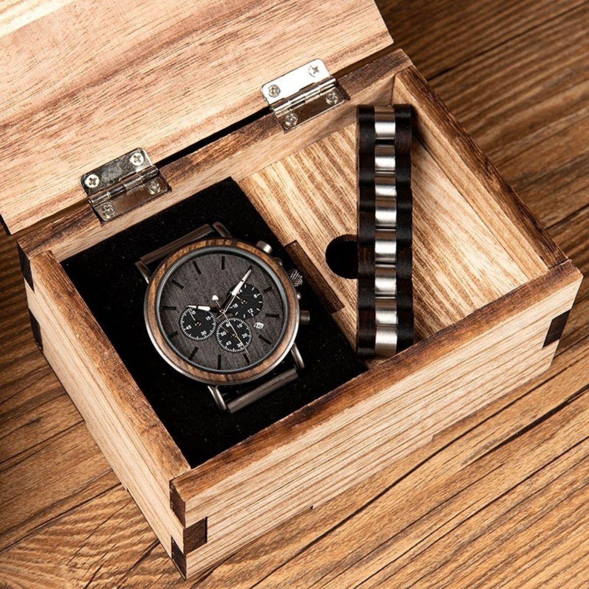 Coffret cadeau montre en bois ebene et son bracelet (10)