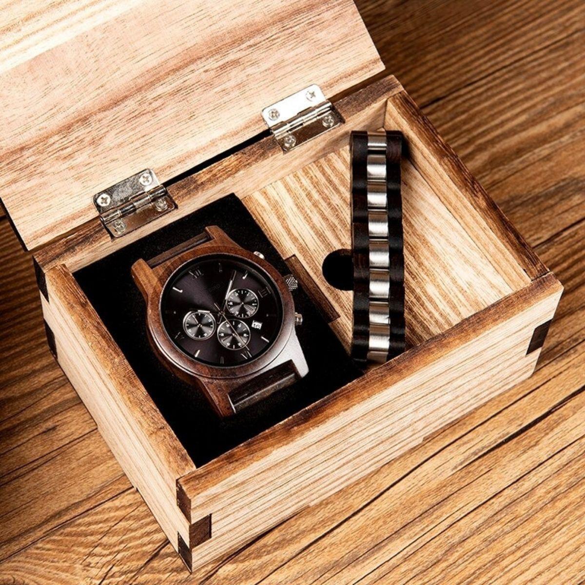 Coffret montre en bois sorbier et son bracelet (2)