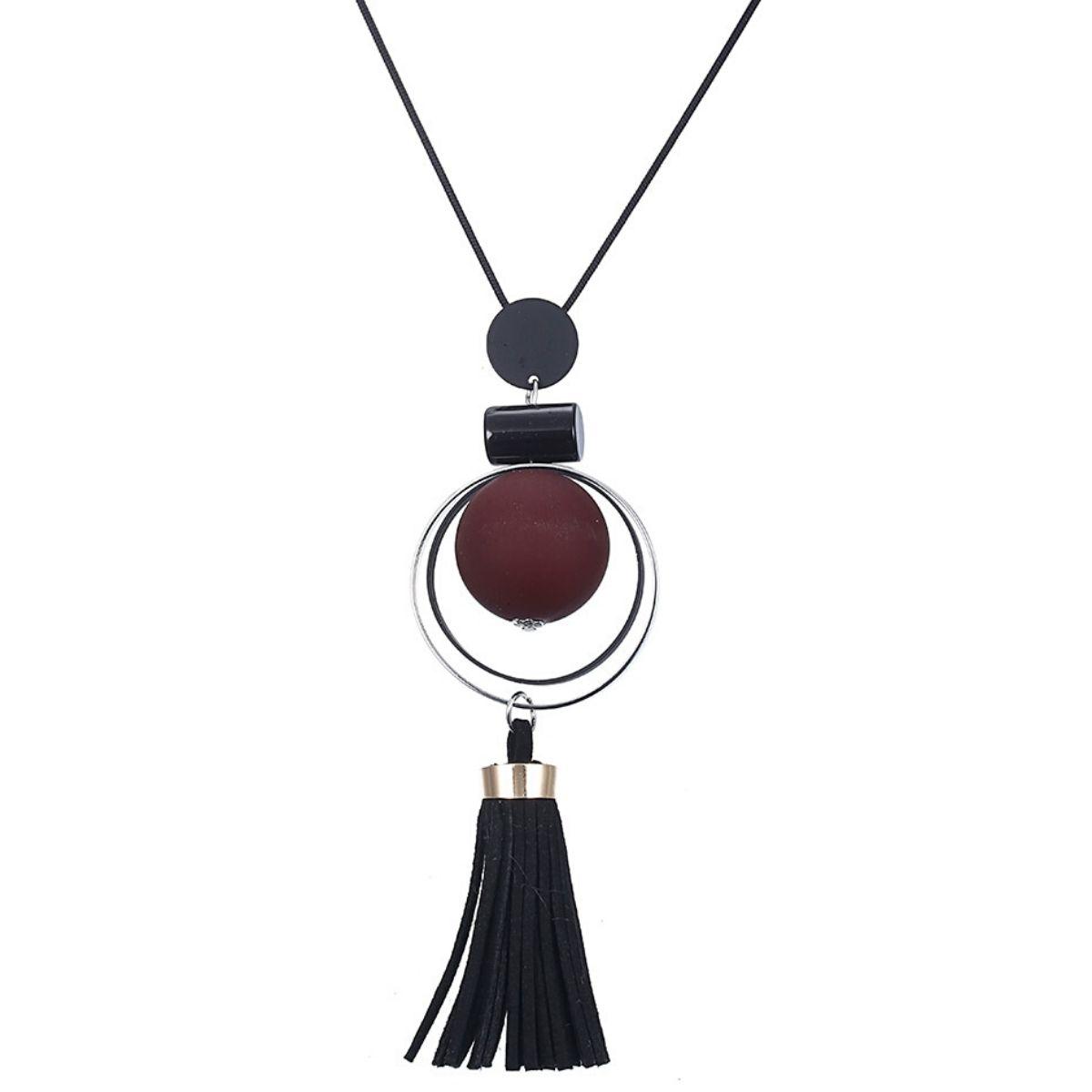 Collier long, perle de bois et lanières