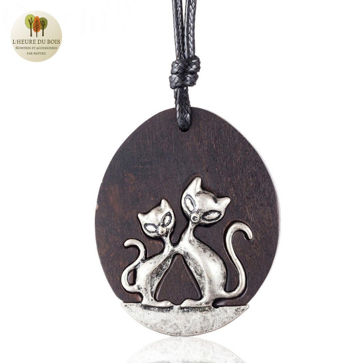 Collier long et pendentif  en bois de santal chat (6)