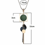 collier pendentif boules  en bois (3)
