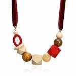 Collier ras de cou perle en bois (1)