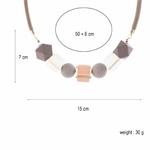 Collier ras de cou, pendentif sphère et cube en bois multicolore (8)