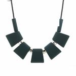Collier ras de cou, pendentif rectangle en bois (1)