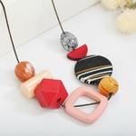 Collier ras de cou, pendentifs en bois multicolore (4)