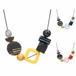 Collier ras de cou, pendentifs en bois multicolore (2)