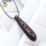 Collier long et pendentif  bois de santal et pierre (3)