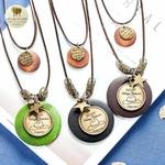 Collier long double et pendentif bois de santal etoile (7)