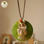 Collier long et pendentif en bois chouette (2)