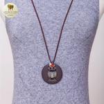 Collier long et pendentif en bois chouette (6)