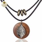 Collier et pendentif bois feuille (4)