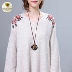 Collier long et pendentif bois galet coeur (3)