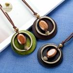 Collier long et pendentif bois galet coeur (8)