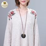 Collier long pendentif bois coeur et feuille (3)