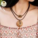 Collier double et pendentif en bois indien (5)