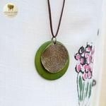 Collier long et pendentif bois et metal tourbillon (6)
