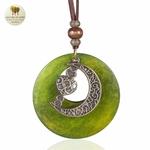 Collier long et pendentif  bois et metal croissant de lune (5)