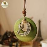 Collier long et pendentif  bois et metal croissant de lune (3)