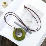 Collier long, pendentif bois et metal arbre de vie (4)