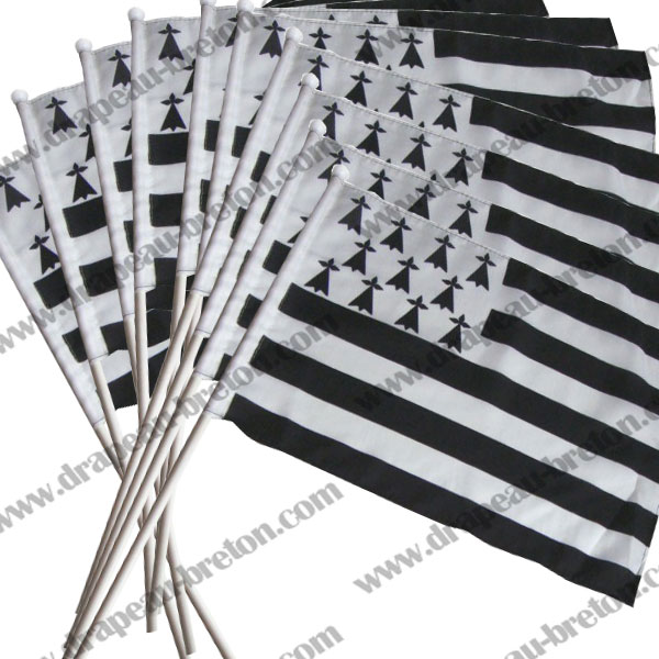 Lot 10 drapeaux bretons 30x40cm
