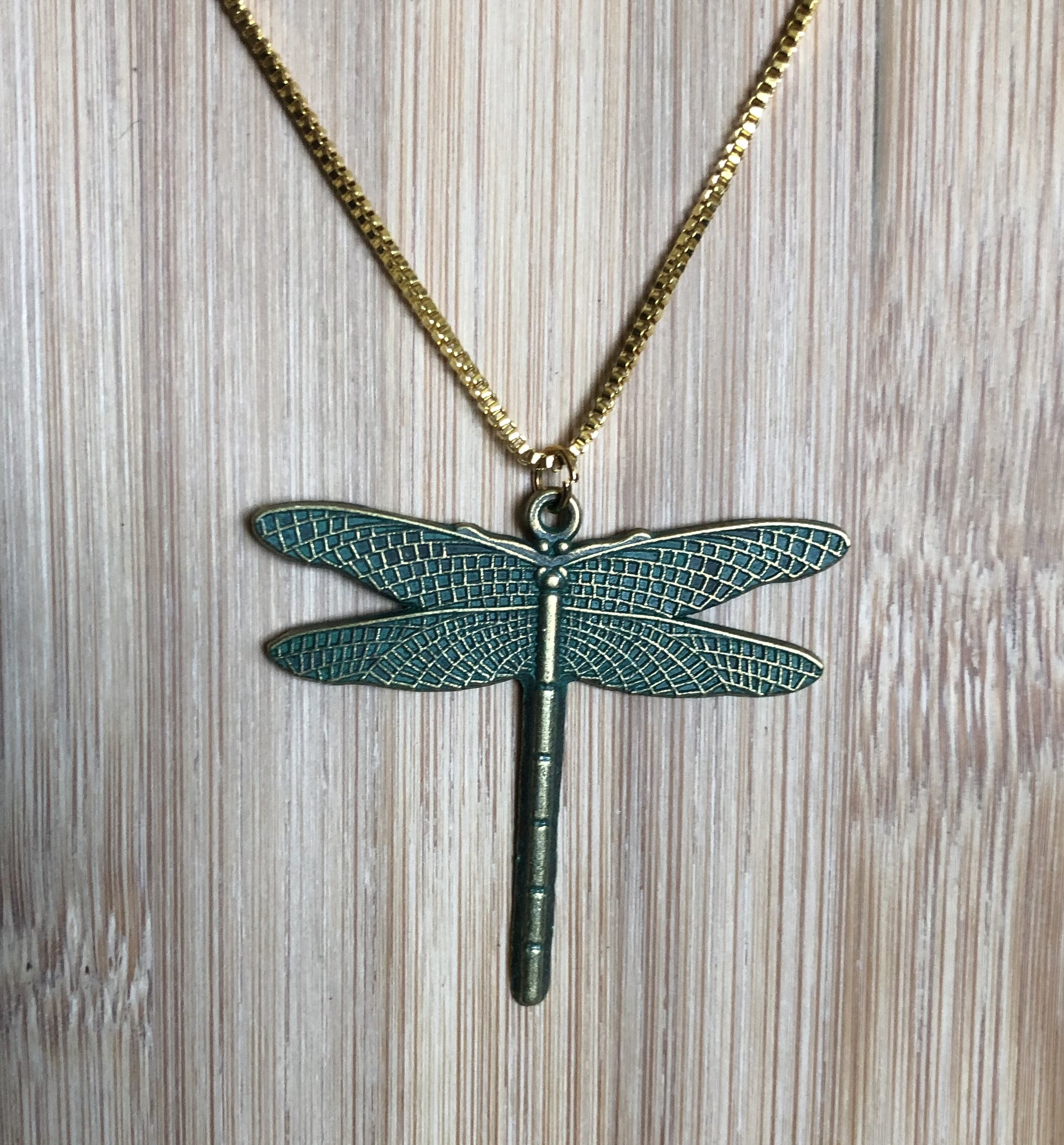 Collier laiton forme libellule - Angel shop