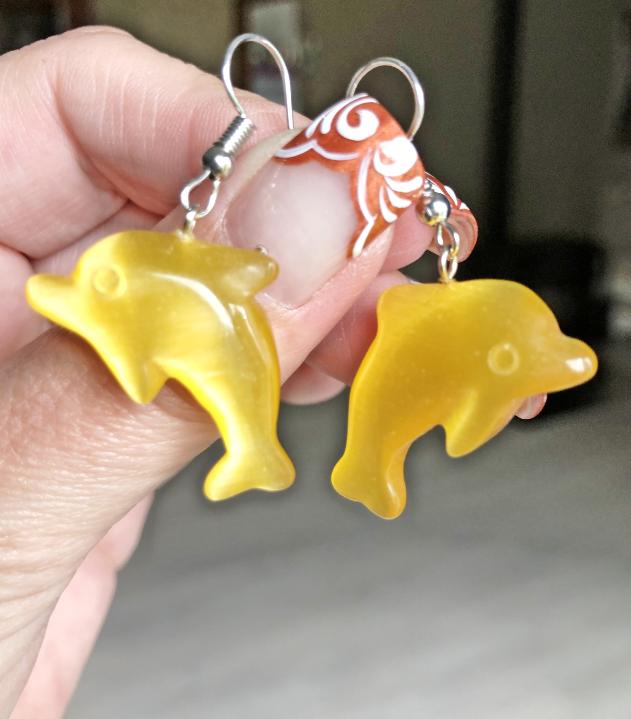Boucles d\'oreilles DAUPHIN oeil de chat jaune - Angel shop