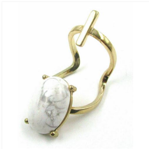 Bague ajustable howlite blanche Judith - Angel Shop