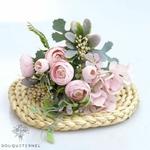 Composition Florale Artificielle Centre de Table Rose | Fleurs Artificielles | Renoncules Artificielles | Bouqueternel