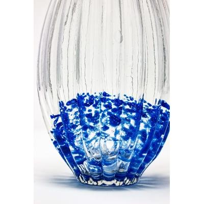 vase bleu details