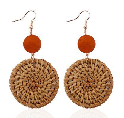 boucles d'oreilles pendantes en bois et rotin