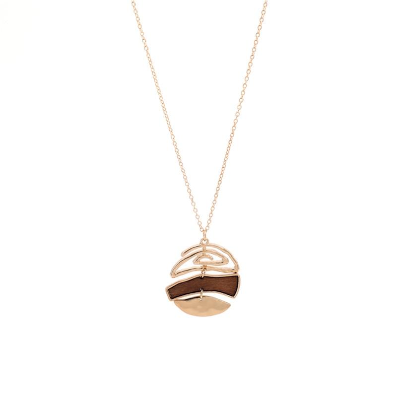 long collier avec pendentif bois et métal