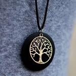 pendentif en bois et métal arbre de vie