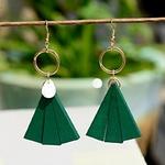 boucles doreilles pendantes en bois style éventail vert