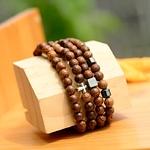 bracelet perles en bois tibétain et yoga