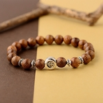 bracelet avec perles en bois style bouddhiste yoga nature