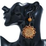 grandes boucles doreilles pendantes en bois et rotin forme solei