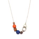 sautoir avec perles en bois bleu et rouge