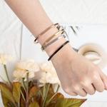 Personnalis-Cadeau-Amiti-Manchette-Bracelets-pour-femme-Graver-Nom-D-IDENTIFICATION-En-Acier-Inoxydable-Bracelets-Bracelets