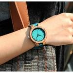montre en bois homme ou femme bleu azur portee arbrobijoux